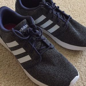 Women's size 7.5 Adidas running shoes